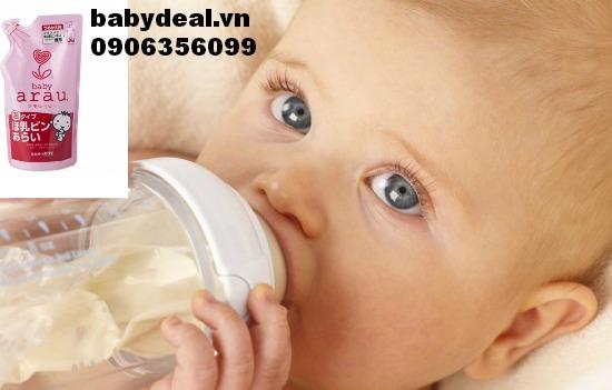 Nước rửa bình Arau Baby dạng túi cho bé, shop mẹ và bé, giá rẻ tại tp hcm